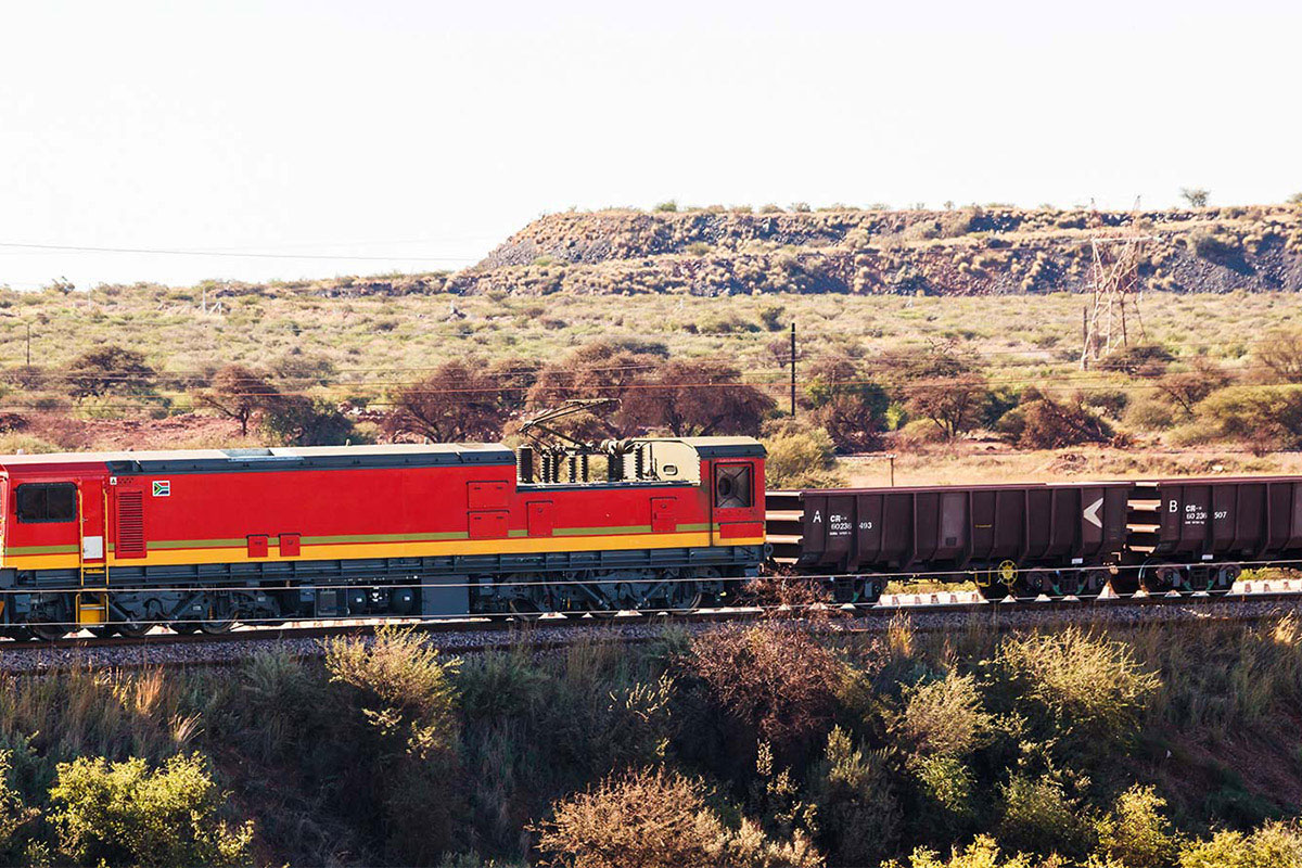 mining-train-slider
